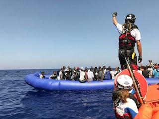 """""""La Libia non è capace di soccorrere i migranti in mare: l'Italia ha le prove ma non le rende note"""""""