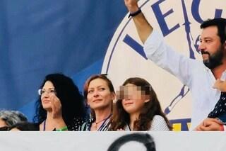 Greta non è di Bibbiano, ma Salvini continua a mentire sulla bambina del palco di Pontida