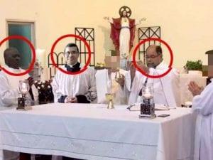 Tre dei sacerdoti (nel cerchio rosso) coinvolti nello scandalo sessuale a Panama