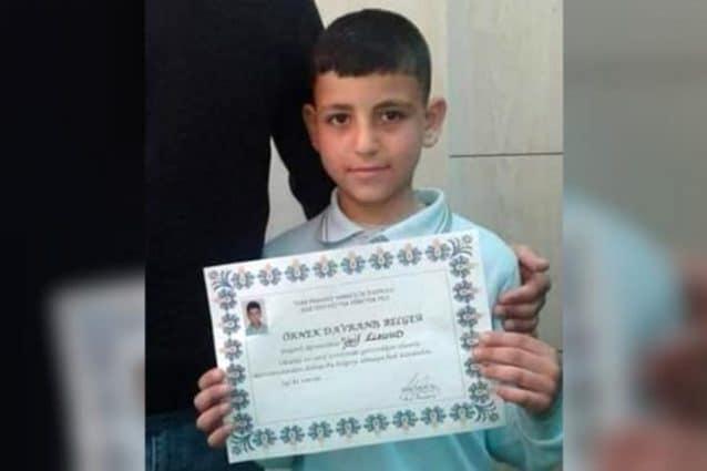 Wael, 9 anni, si è impiccato al cancello di un cimitero a causa del bullismo a scuola