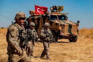 La Turchia si prepara alla guerra: il piano di Erdogan per spazzare via i Curdi