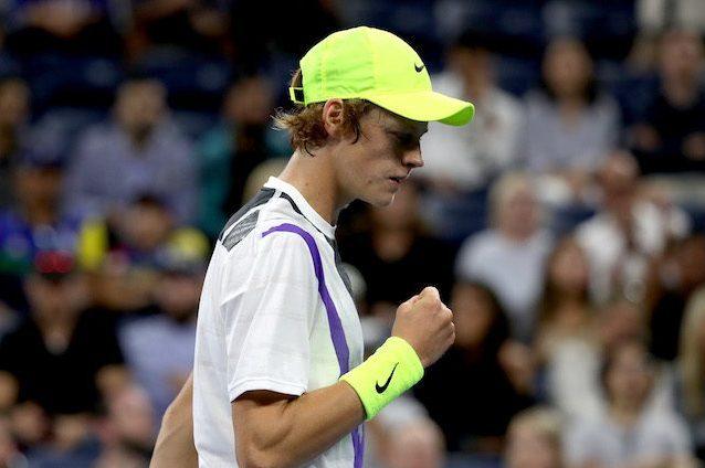 Tennis, continua la favola del 18enne Sinner: in semifinale ad Anversa