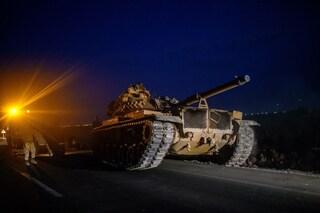 Siria, la Turchia annuncia l'inizio dell'offensiva di terra: prime vittime tra i civili