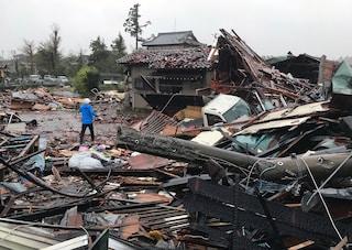Il tifone Hagibis continua a devastare il Giappone: è la più grande tempesta in corso nel pianeta