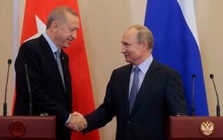 Siria, accordo tra Russia Turchia: tregua di 150 ore e pattugliamenti congiunti