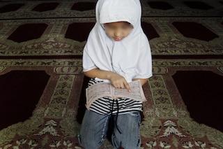 Padova, pugni in testa ai bambini che sbagliano a leggere il Corano: arrestato imam di 23 anni
