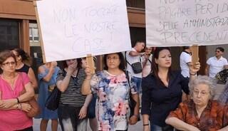 Taranto, 200 lettere di sfratto alle famiglie negli alloggi popolari: proteste in piazza
