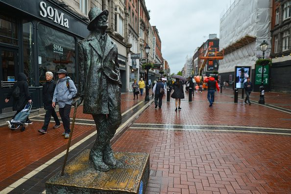 Il monumento di O'Connel Street, a Dublino.