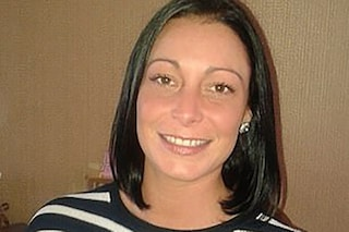 Scomparsa dopo la morte del futuro marito, mamma di 35 anni trovata cadavere in un fiume