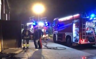 Rifiuti: incendio in deposito Amia Foggia, distrutti tre compattatori
