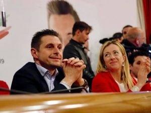 Marco Fioravanti, sindaco di Ascoli Piceno, insieme a Giorgia Meloni.