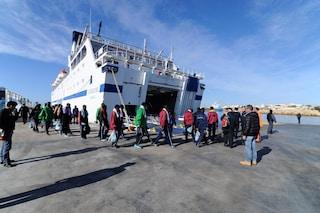 Migranti, sbarchi senza sosta: a Lampedusa arrivano 20 persone dalla Libia