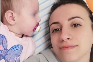 """""""Mia figlia Silvia di 13 mesi ha una malattia sconosciuta. Ci sentiamo dimenticati da tutti"""""""