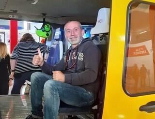 Arezzo, va in arresto cardiaco al funerale: la salva l'autista del carro funebre