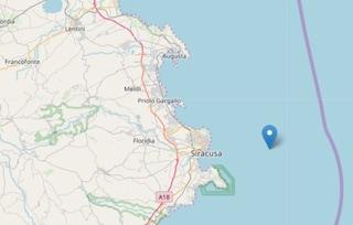 Terremoto in Sicilia, scossa di magnitudo 3.1 a Siracusa nella notte: gente in strada