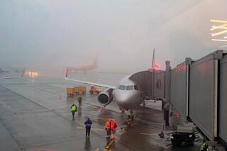 Pilota muore di infarto in cabina di pilotaggio: aereo costretto all'atterraggio di emergenza