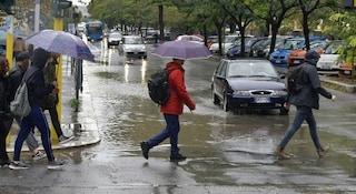 Maltempo, scuole chiuse martedì 19 novembre per allerta meteo: l'elenco delle città