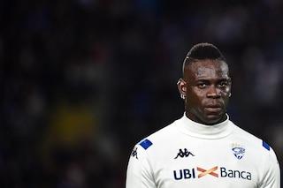 """Verona, il centrodestra ora vuole denunciare Balotelli: """"Allo stadio nessuno udiva cori razzisti"""""""