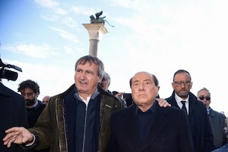 """Fi, Berlusconi lancia il sindaco di Venezia Brugnaro come suo successore: """"Me lo auguro"""""""