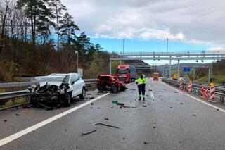 Incidente a Effingen, Porche contro Renault sull'A3: tre morti estratti dalle lamiere