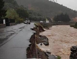 Maltempo Liguria, prosegue l'allerta meteo: sfollate centinaia di persone, a Genova isolati in 450