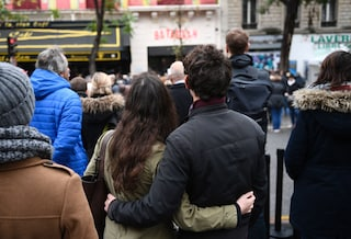 Attentati di Parigi del 13 novembre, quattro anni fa la strage al Bataclan