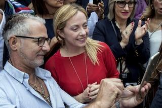 Sondaggi politici, Fratelli d'Italia vola sopra il 10%: è la prima volta nella sua storia