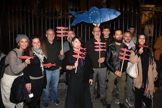 Sardine in piazza, in 2500 per il primo evento in Friuli Venezia Giulia nella leghista Monfalcone