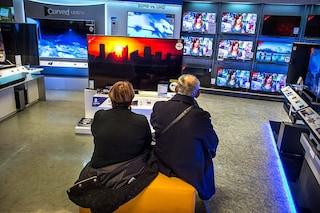 Bonus tv, fino a 100 euro per cambiare televisore: a chi spetta e come funziona