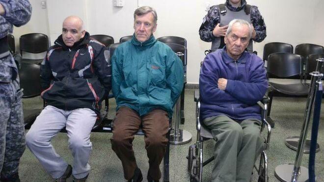Argentina, due preti condannati per pedofilia