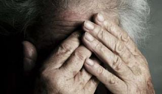 Botte e insulti agli anziani in casa riposo: arrestate 2 operatrici a Palermo