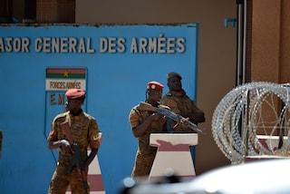 Burkina Faso: agguato a un convoglio di minatori di una società canadese, almeno 37 morti