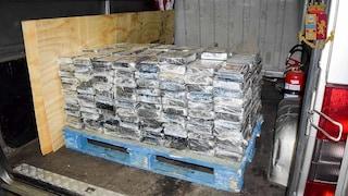 Livorno, maxi sequestro di cocaina al porto: 300 chili di droga, valore di 25 milioni di euro