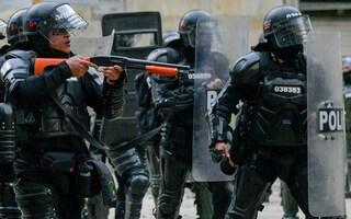 Colombia, bomba davanti a una stazione di polizia. Tre agenti uccisi