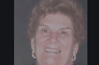 Siracusa, donna investita da un'auto e uccisa mentre attraversa la strada