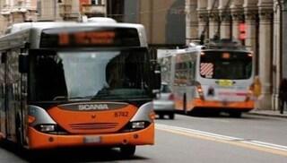 """Genova, bimbo straniero disabile vittima di razzismo sul bus: """"Me lo potete togliere?"""""""