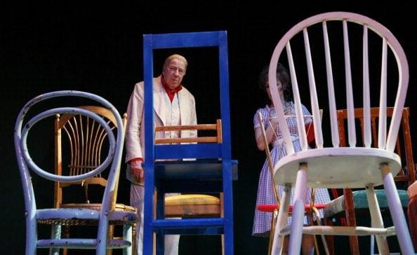 """""""Le sedie"""", altra celeberrima opera teatrale di Eugène Ionesco, al French Comedy di Parigi nel 2009."""