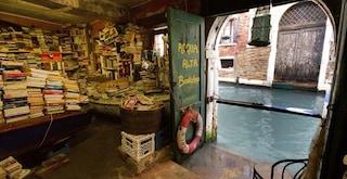 Crollano incassi librerie: l'acqua alta non è più una prerogativa di Venezia