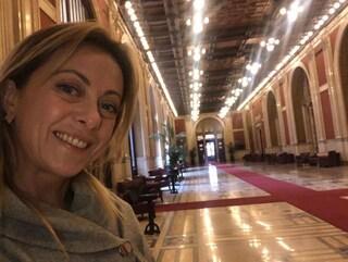 La gaffe di Giorgia Meloni: accusa di assenteismo i pentastellati alla Camera, ma ha sbagliato piano
