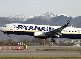 """Crepe negli aerei Boeing 737, Ryanair: """"Numero esiguo, nessuna conseguenza sui voli"""""""