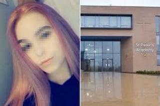 Soffre di depressione, si tinge i capelli di rosa per tirarsi su: 15enne sospesa da scuola