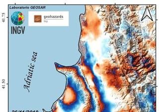 Terremoto in Albania, il suolo vicino Durazzo si è alzato di 10 centimetri. I morti salgono a 31