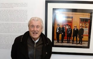 Morto Terry O'Neill, il fotografo britannico che immortalò i Beatles a Abbey Road