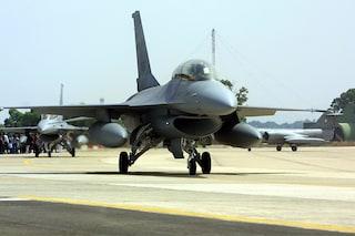 Spese militari, ok all'acquisto di 9 aerei Piaggio e al rinnovo di altri 19: costano 143,5 milioni