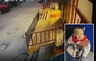 """Cina, abbandona il figlio di 3 anni in un borsone: """"Non posso permettermelo"""""""
