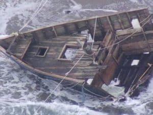 """Giappone, il mistero della nave fantasma: """"teschi e scheletri umani"""" a bordo"""