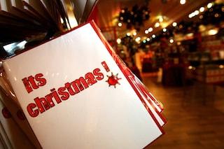 Lockdown dall'1 al 20 dicembre per salvare il Natale dal Covid: l'idea di 2 premi Nobel in Francia