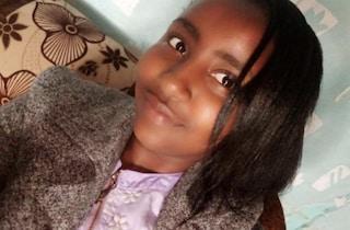 Lei rifiuta i suoi approcci sessuali, 17enne accoltella a morte l'amica 16enne