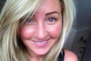 """""""Mamma è troppo triste"""": invia un video straziante ai figli e si uccide a 33 anni"""