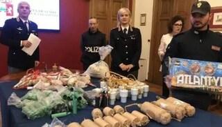 Torino, chi è il consigliere di minoranza con 145 bombe carta nascoste nell'armadio